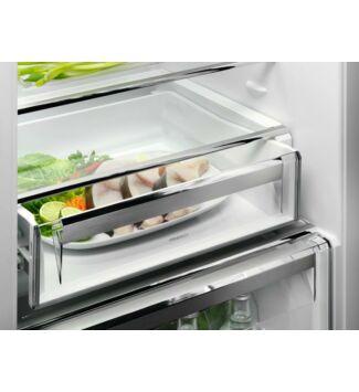 AEG Beépíthető Alulfagyasztós Hűtőgép SCB819E8TS 188 cm, E, TwinTech, NoFrost, nettó kapacitás (hűtőtér/fagyasztótér): 213 l/60 l, zajszint: 36 dB